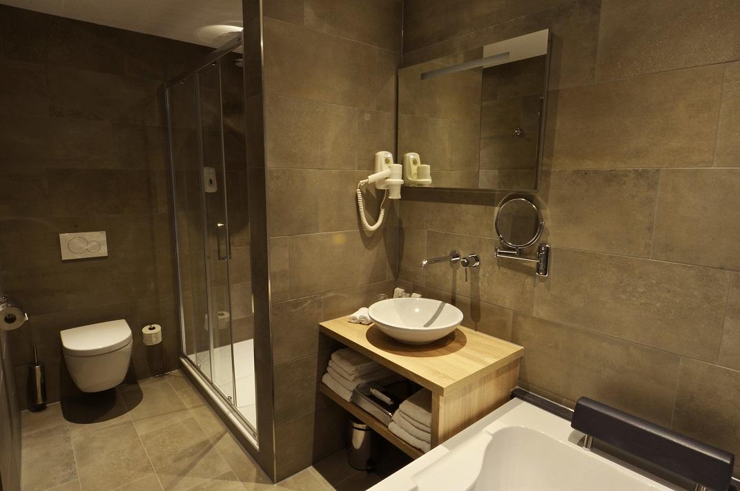 Badkamer suite | kamers | De Zoete Inval